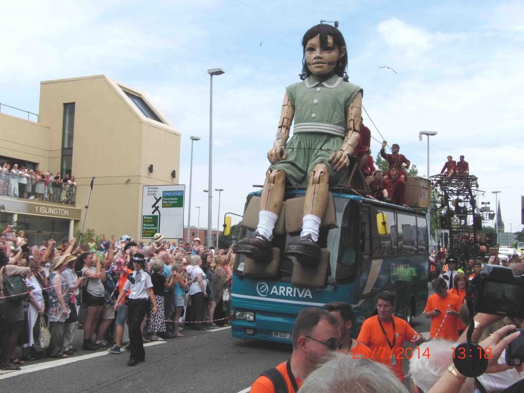 21e 26.7.14 Little Girl Giant passes Unite