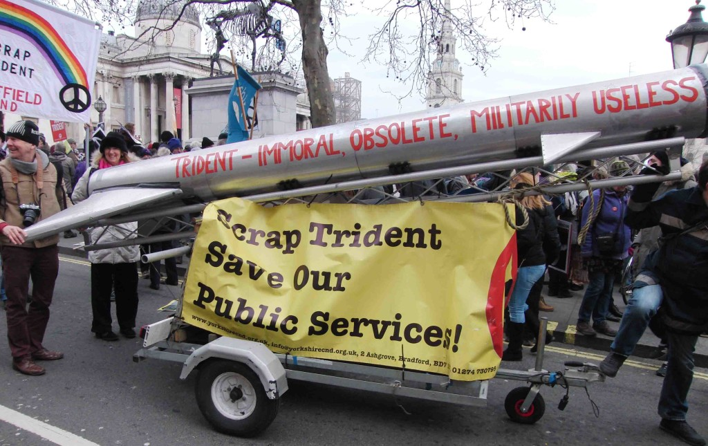 35e 27.2.16 Stop Trident Demo in London