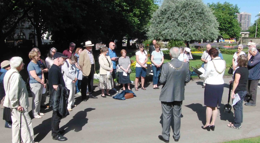 14e 6.8.16 MCND remembrance in Liverpool of 71st Anniversary of Hiroshima Atom Bomb